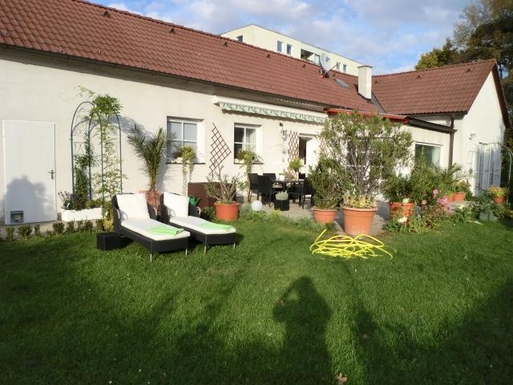 Home exchange in Austria,Vienna, 10k, S, WV,Austria - Vienna, 10k, S - House1floor130m.,Home Exchange & House Swap Listing Image