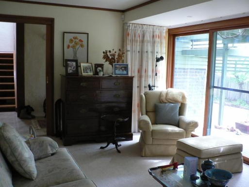 Home exchange in,Australia,CHIFLEY,Formal sitting room downstairs