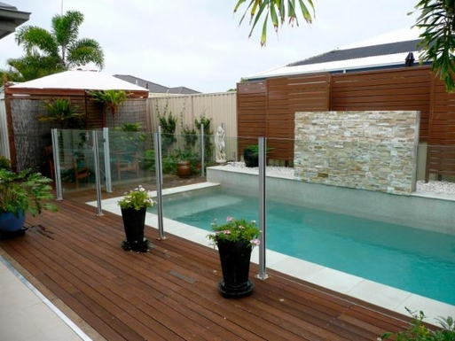 Home exchange in,Australia,BANKSIA BEACH,Pool and deck area