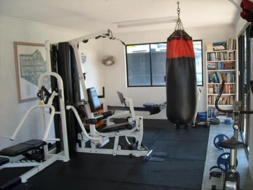 Home exchange in,Australia,BATTERY HILL,Gymnasium