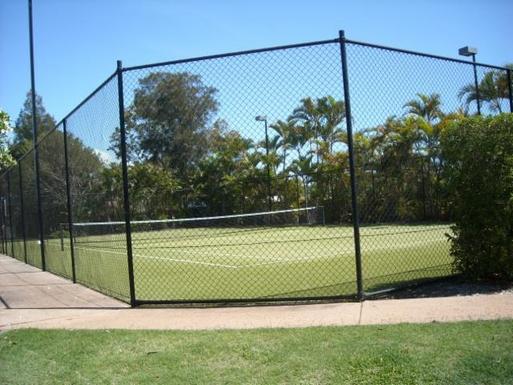 Home exchange in,Australia,BATTERY HILL,Artificial grass tennis court