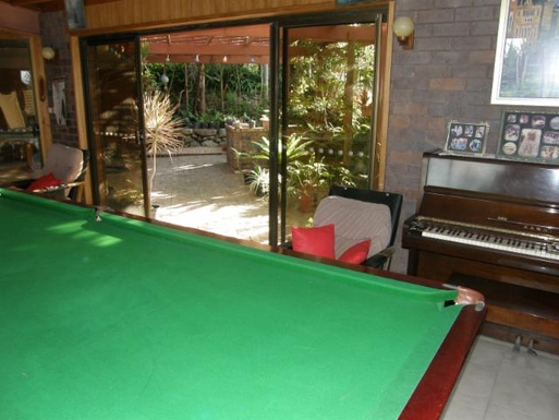 Home exchange in,Australia,TUGUN,Large billiard table and outdoor barbeque area