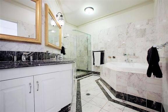 Home exchange in,Australia,BRISBANE,Luxurious ensuite bathroom