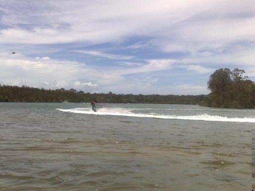 Home exchange in,Australia,PEREGIAN BEACH,wake board riding on lake