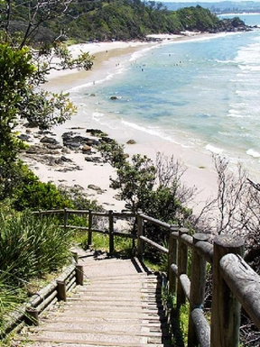 Home exchange in,Australia,BYRON BAY,Walk to the Pass and up to the Byron Lighthouse