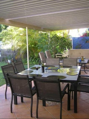 Home exchange in,Australia,MOOLOOLABA,Back deck has BBQ and alfresco dining area.