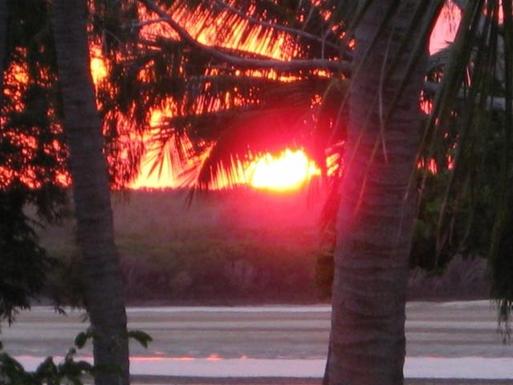 Home exchange in,Australia,MACKAY,Drinks on the verandah watching the sunset