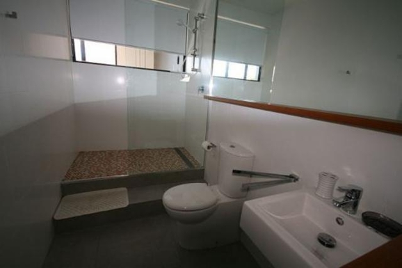 Home exchange in,Australia,POTTSVILLE,Pottsville 2nd bathroom.
