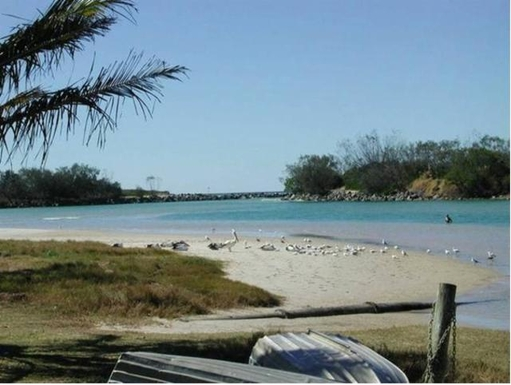 Home exchange in,Australia,POTTSVILLE,Pottsville our beautiful salt water swimming creek