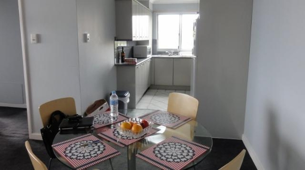 Home exchange in,Australia,NEUTRAL BAY,Dining & kitchen.