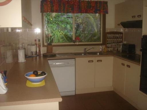 Home exchange in,Australia,PARKWOOD,Kitchen