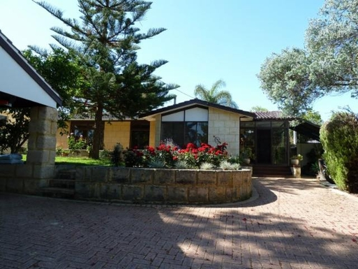 Home exchange in Australia,FLOREAT, Western Australia,50 Oceanic Drive Floreat Western Australia,Home Exchange  Holiday Listing Image