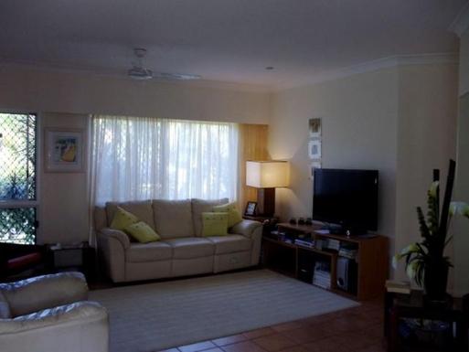 Home exchange in,Australia,CLIFTON BEACH,Lounge
