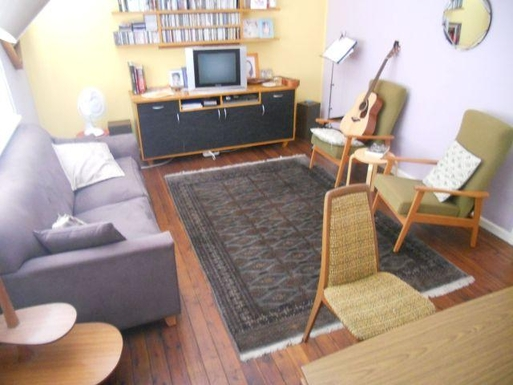 Home exchange in,Australia,RANDWICK,The extra living room has this double sofa bed