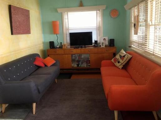 Home exchange in,Australia,RANDWICK,Smart TV DVD recorder & music system in the living