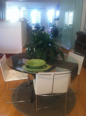 Home exchange in,Australia,GLENELG NORTH,Table and chairs in upstairs study area