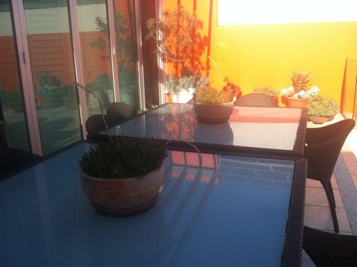 Home exchange in,Australia,GLENELG NORTH,One of two upstairs decks