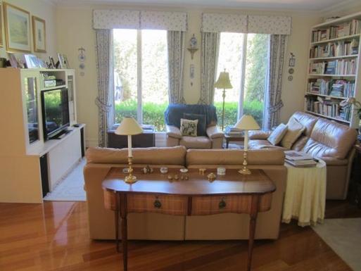 Home exchange in,Australia,Melbourne, 15k, S,TV room