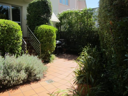 Home exchange in,Australia,Melbourne, 15k, S,Rear patio and BBQ