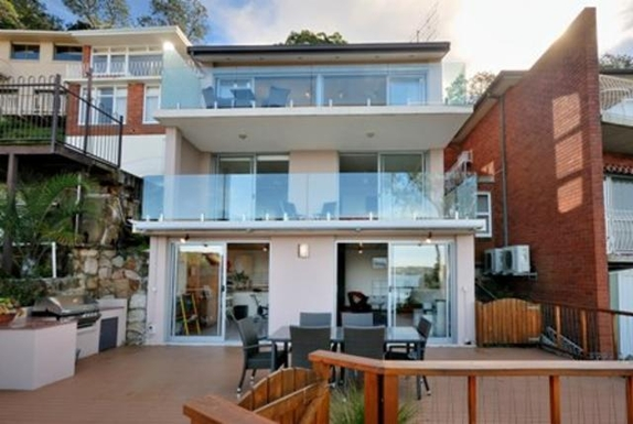 Home exchange in,Australia,GYMEA BAY,The back of the house  overlooks Gymea Bay.