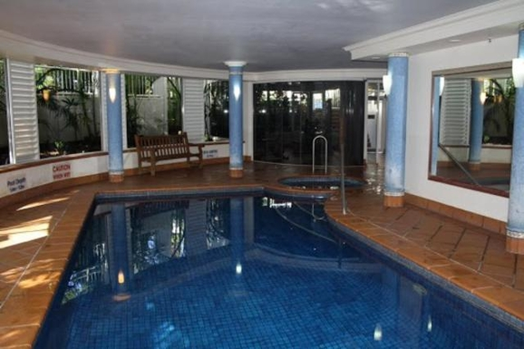 Home exchange in,Australia,NORTH BURLEIGH,Indoor heated pool with spa, gym and sauna.