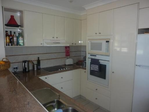 Home exchange in,Australia,NORTH BURLEIGH,Kitchen
