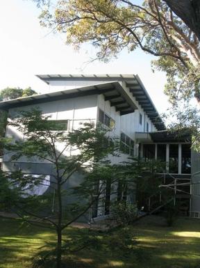 Home exchange in,Australia,WOORIM,Rear view of property from garden