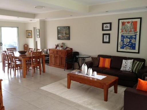 Home exchange in,Australia,URANGAN,Living and Dining Area