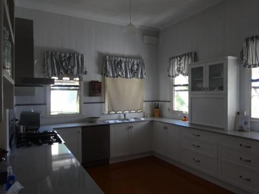 Home exchange in,Australia,WINDSOR,Plenty of bench space for keen chefs