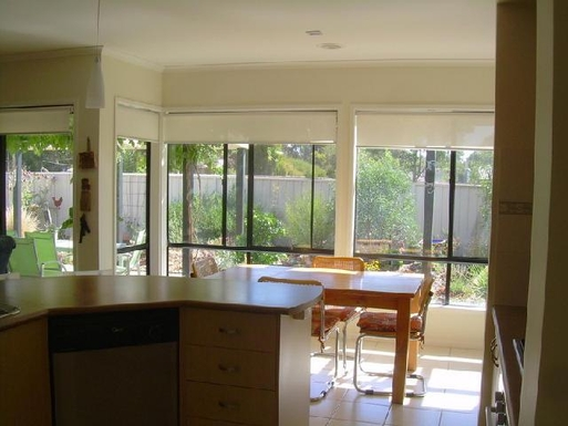 Home exchange in,Australia,STRATHFIELDSAYE,Dining room - again loking to the garden.