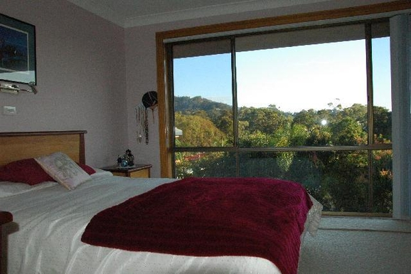 Home exchange in,Australia,KORORA,Master Bedroom
