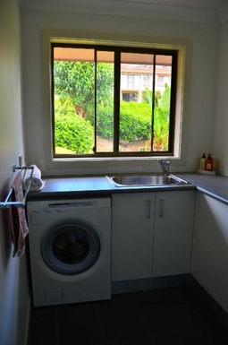 Home exchange in,Australia,KORORA,Laundry