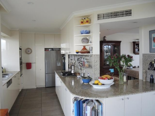 Home exchange in,Australia,PORT MELBOURNE,Kitchen