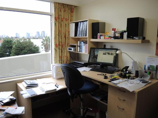 Home exchange in,Australia,PORT MELBOURNE,Study