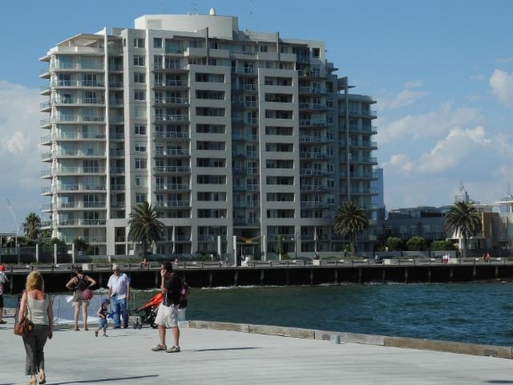 Home exchange in,Australia,PORT MELBOURNE,Apartment Building