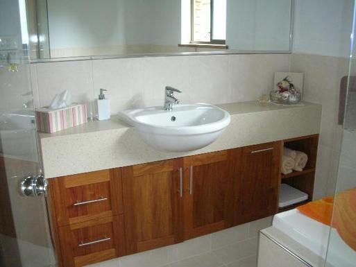 Home exchange in,Australia,Byron Bay, 39k, S,Main Bathroom