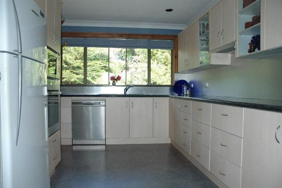 Home exchange in,Australia,KORORA,Kitchen