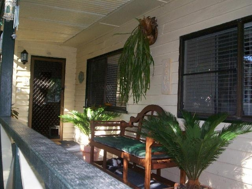 Home exchange in,Australia,OXLEY,FRONT ENTRANCE