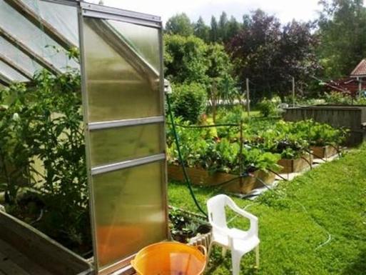 BoligBytte til,Finland,Villähde,Garden and greenhouse