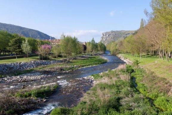 BoligBytte til,Spain,Ezcaray,River Oja