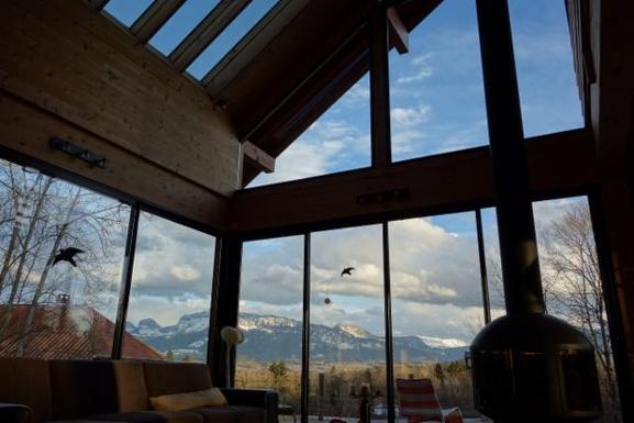 Vue montagnes depuis le salon