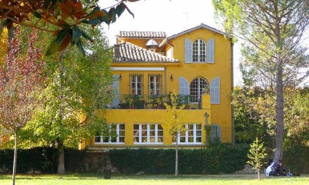 Bastide Jaune vu du parc Rambeau
