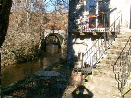 BoligBytte til,France,Eyrein,Terrasse au pied du moulin,  en bordure de rivière