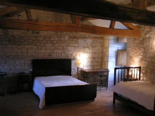 BoligBytte til,France,Jaulnay,chambre de la courtine