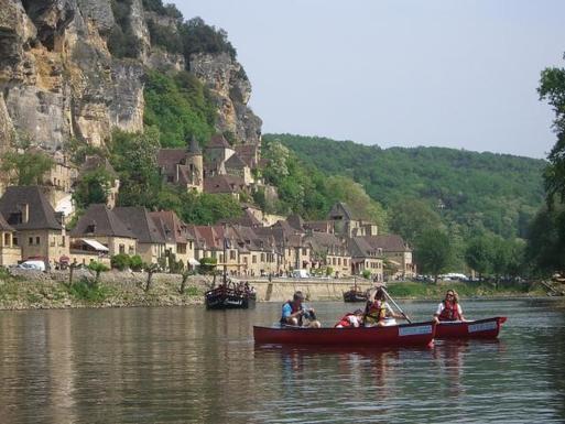 BoligBytte til,France,Cosnac,ballade en canoé sur la Dordogne ( une heure de ro
