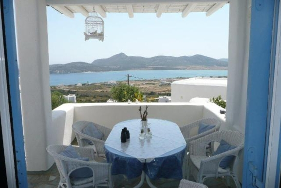 Home exchange in Greece,agios giorgios antiparos, kyklades,LILLY'S  VILLAS      SECRET  HOUSE,Home Exchange & House Swap Listing Image