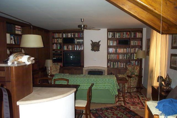Wohnungstausch in Italien,Roma, Lazio,Rome. Lovely, warm, 2-floor apartment,Home Exchange Listing Image