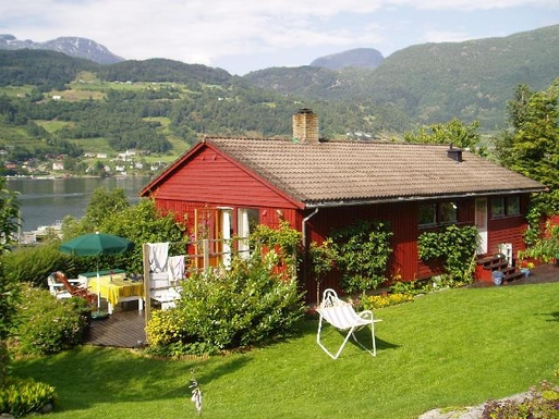 BoligBytte til,Norway,Ulvik,Magnificent Fjord area and mountains Lovely garden