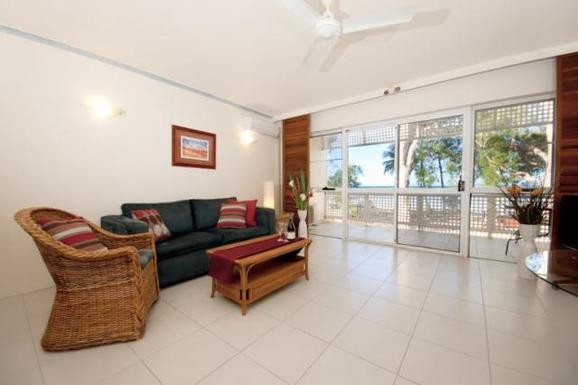 Home exchange in,Australia,Cairns, 25k, N,Living room