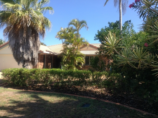 Home exchange in,Australia,Sunshine Coast,House from the street.